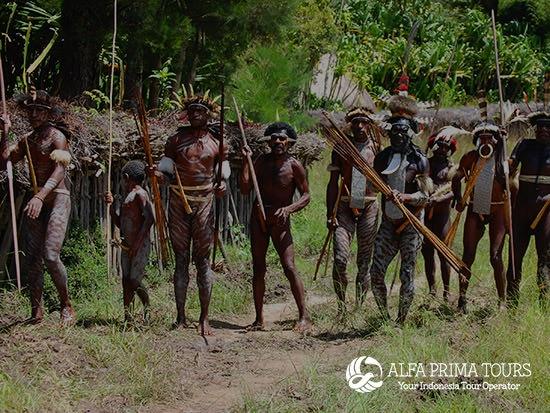 papua hunters